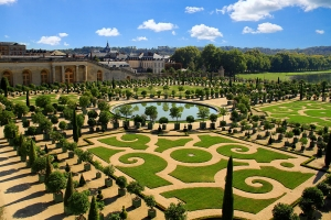 Sample image of the gardens of Versailles